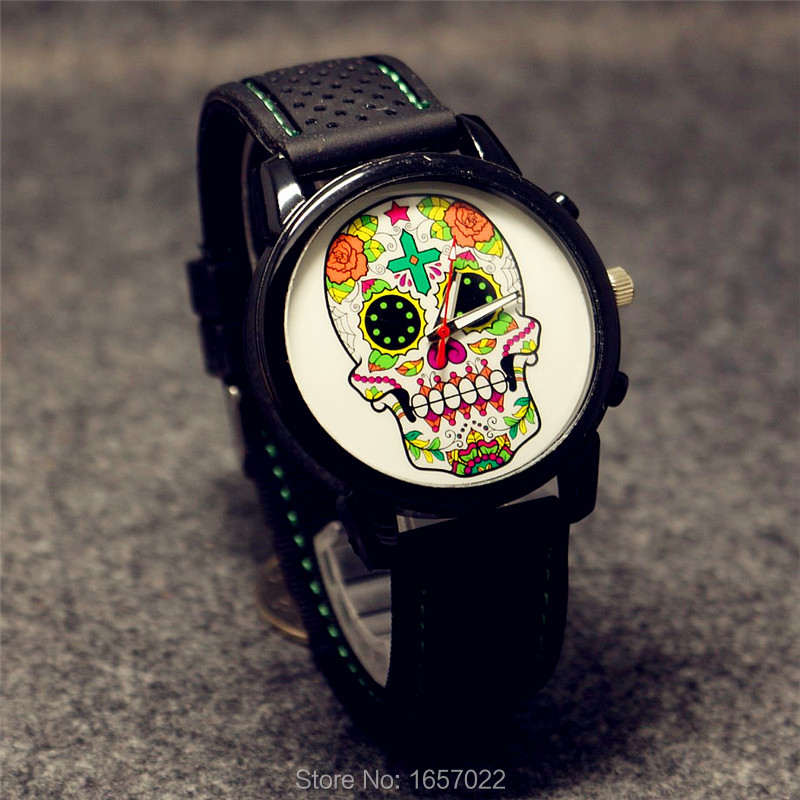 Women Man Fashion Simple Silicone Strap Skull Watch Retro Wristwatches For Gilrs Boys Promotion Gift Sports Watches