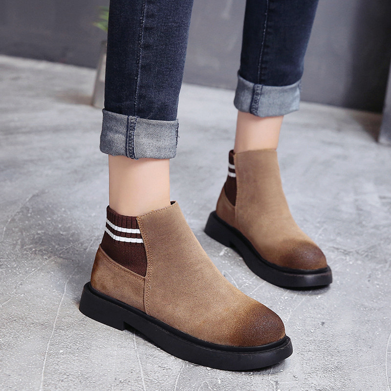 The new autumn 2018 Martin boots flat short tube with restoring ancient ways round head women's boots 35