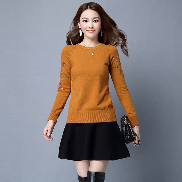 Ladies Pullover Sweaters 2017 Women Knitting Outwear Long Sleeve Warm O Neck with Embroidery For Women Knitwear