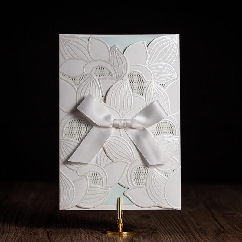 50pcs/pack New Arrival Laser Cut Wedding Invitations Card White Flowers Butterfly Birthday Cards Wedding Favors 50pcs pack laser cut wedding invitations cards elegant flowers free printing birthday party invitation card casamento