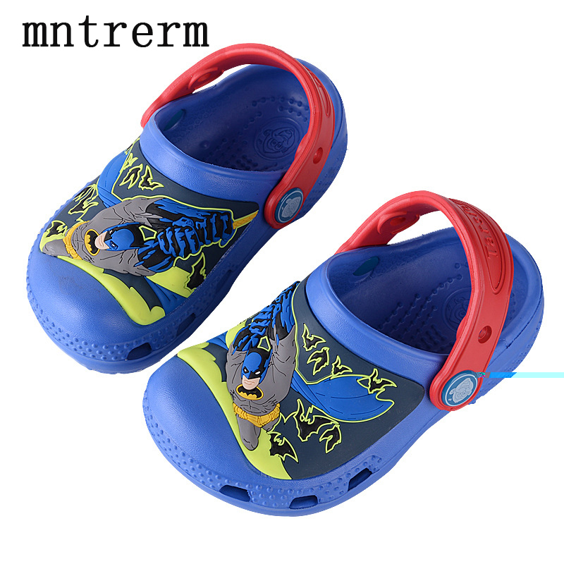 2017 The New For The Summer Hot Sale Kids Mules And Clogs Cartoon Batman Pattern Hole