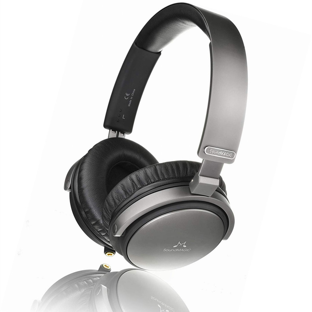 SoundMAGIC Vento P55 Closed Back Headphones with Replaceable Cable and Microphone image