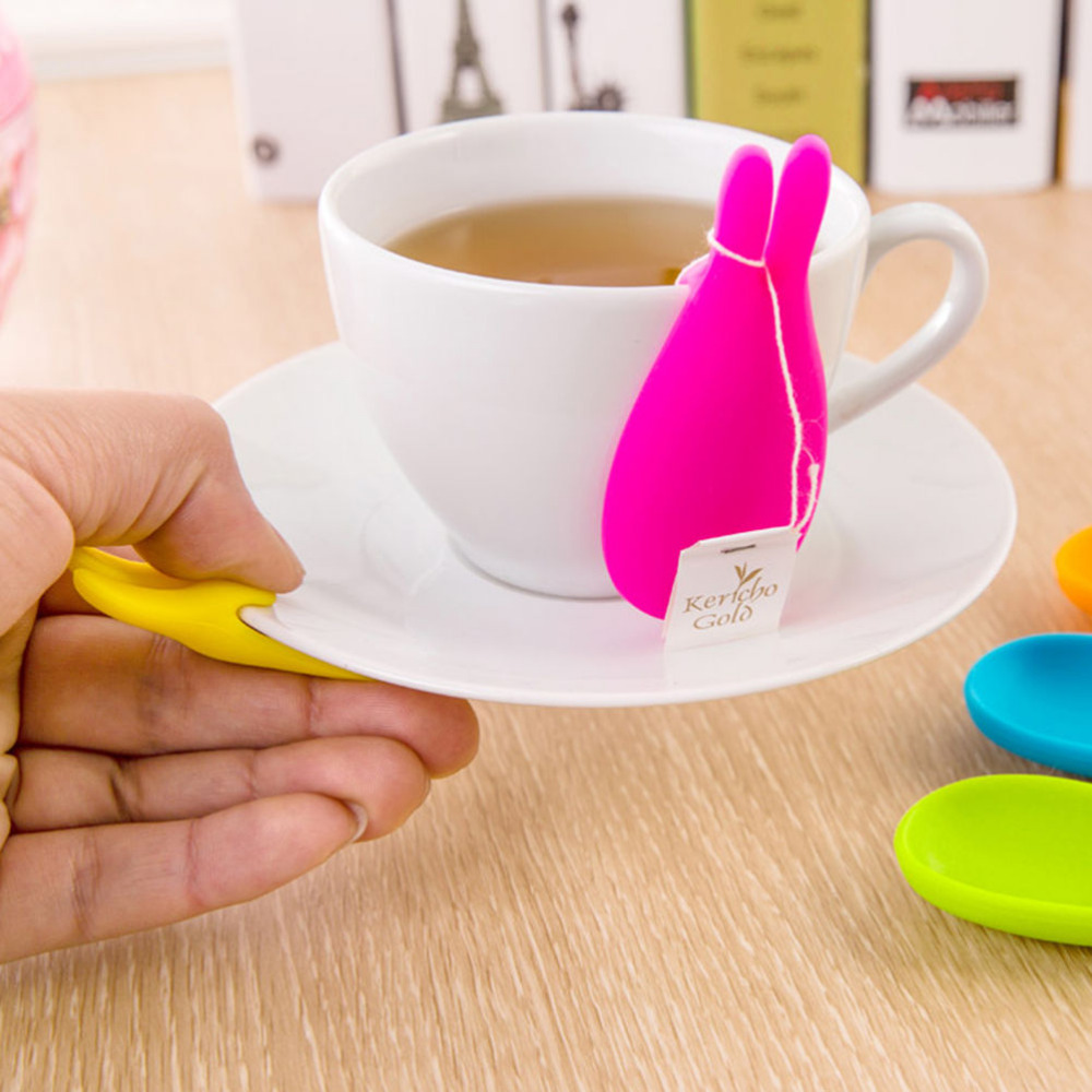 2Pcs Cute Lovely Rabbit Tea Bag Holder Cute Silicone Cup Mug Hanging Tool Gift Coffee Tea Spoon Holder