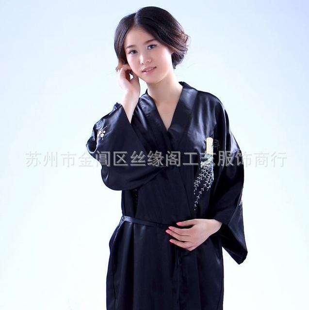 Mulheres Negras de alta Qualidade Silk Rayon Robe Vestido Clássico Bordado Kimono Vestido De Noite Sleepwear Sauna Lingerie Plus Size S-XXL
