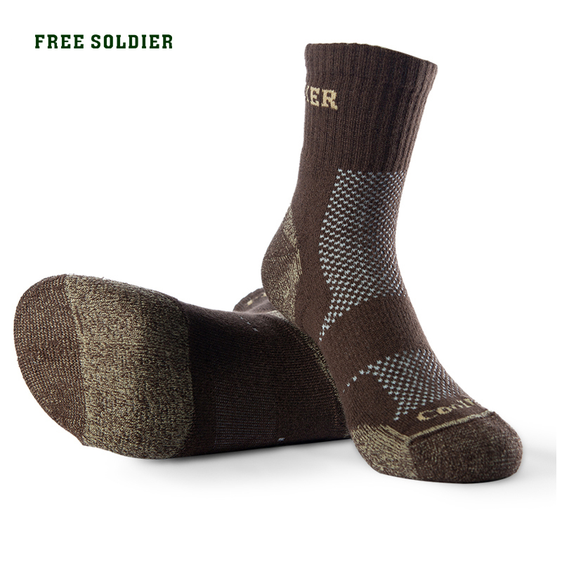 FREE SOLDIER Outdoor Sports Hiking Men Socks Thick Coolmax Quick-drying Long short Socks Color Brown coolmax sportful ciclismo ciclismo team