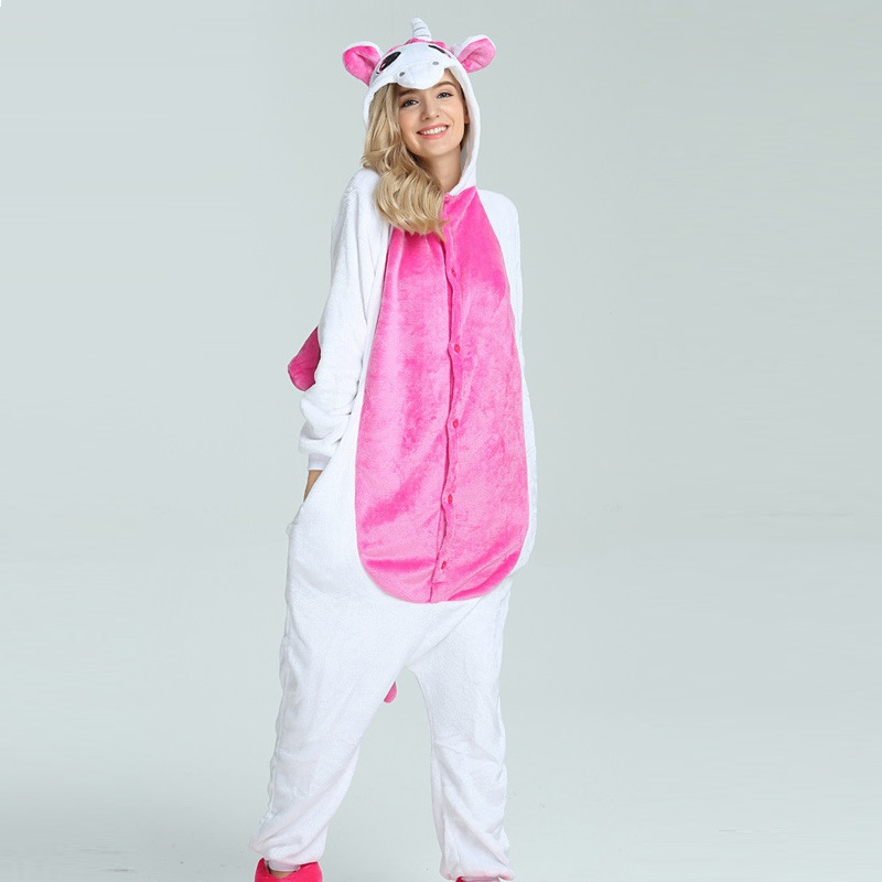 Hiver Mignon de Bande Dessinée Animaux Pegasus Licorne Pyjamas Flanelle À Capuche Manches Longues vêtements de Nuit Pour Adultes Pour Les Femmes Unicornio Licorne Femmes