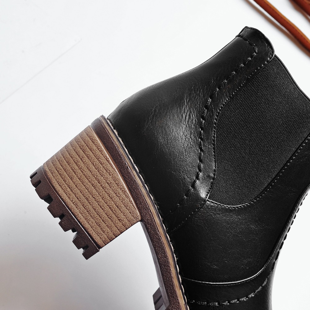 Britannique 2018 Bottes Feminina Véritable Martens Doc Black Boot A Moto Martin Épaisses Vintage Standard Femmes shoes Talon Color dwqSxXw
