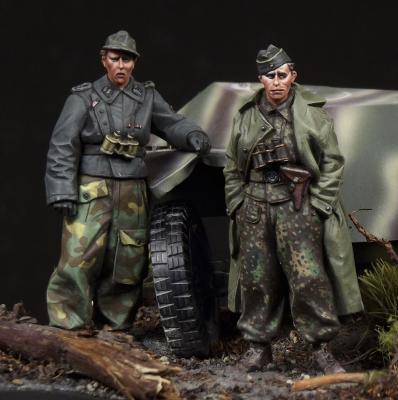 pre order-Resin toys  35082 SS panzer recon crew  Free shipping ss toys