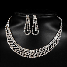Classic Costume Design Brand wedding accessories bride jewelry set Simulated pearl Necklace Earring Copper Alloy