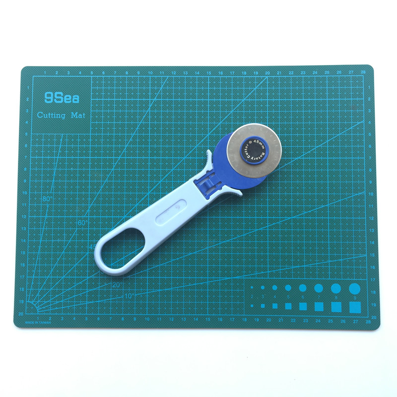 High-grade Tool For Fine Tailoring Quilting Supplies Cutting Mat And Round Knife Mixed Sales Welcomed The Order