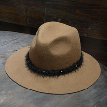 LEAYH Brand Autumn and Winter Casual Lovers Sun Wool Felt Hat Wide Brim Jazz Caps For Women Men 2019 Spring Fedoras