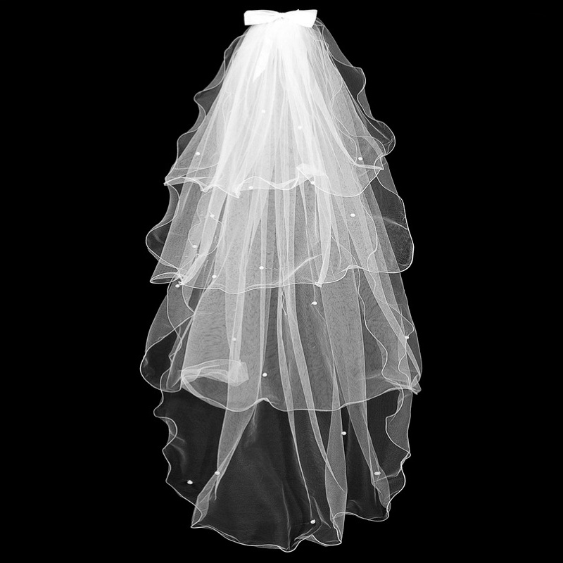 Gorgeous 2019 Four Layers Bow Pearls 45'' Length Bridal Veil With Comb Cheap Short Wedding Veil Fingertip Veil