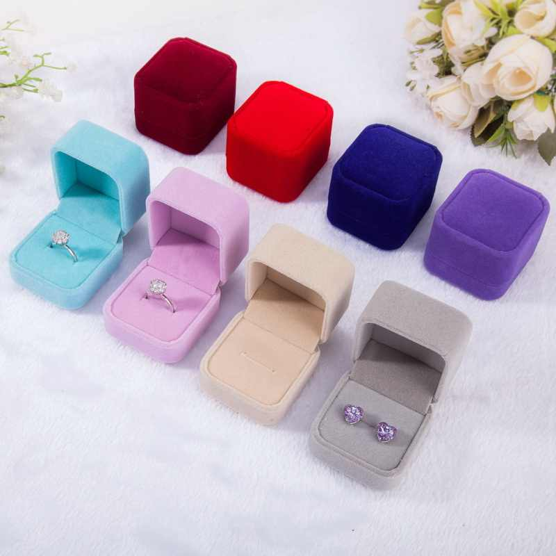 1pcs Squre Wedding Velvet Ring Box Black/Red/Blue Ring Storage Box Gift Packing Box For Jewelry Display Storage Foldable Case