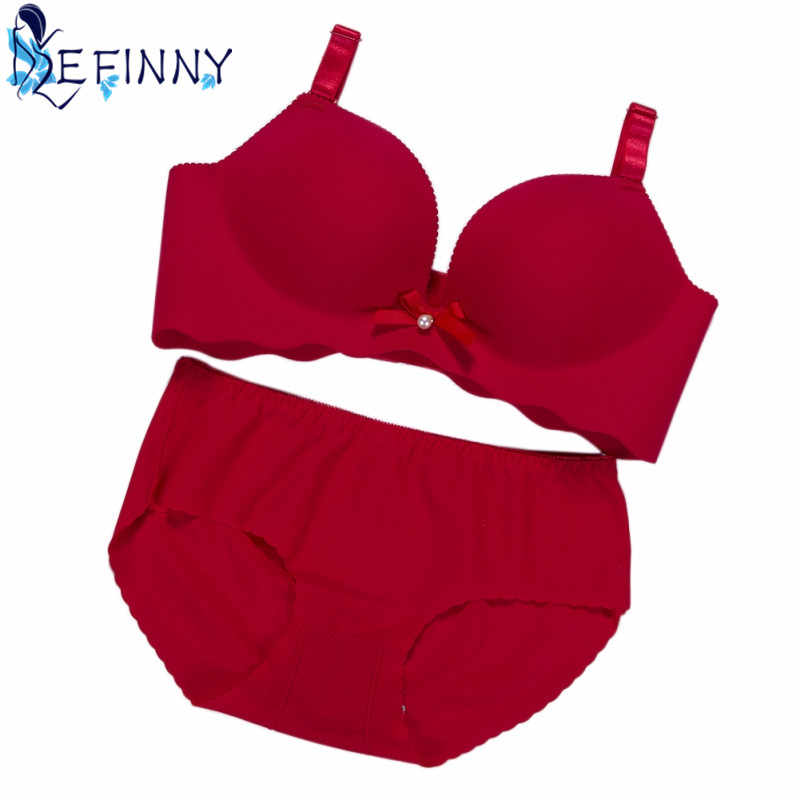 bff8e2a316f 2018 Sexy Women Push Up Bra Set Wire Free Back Closure Fitness Seamless BC  Cup Underwear