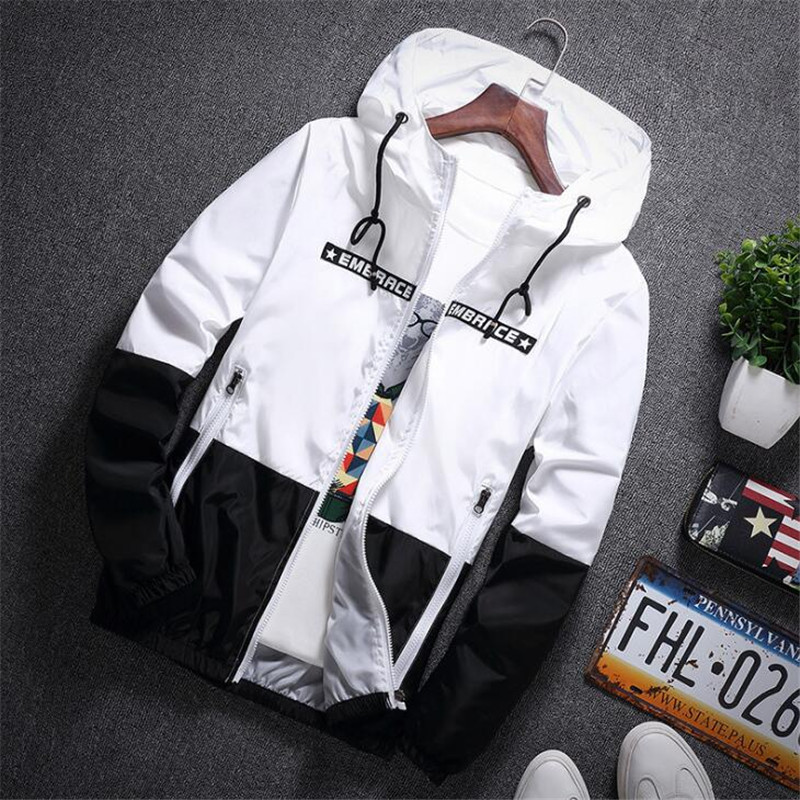 New 2019 Spring Autumn Bomber Hooded Jacket Men Casual Slim Patchwork Sunscreen Windbreaker Jacket Male Outwear Zipper Thin Coat