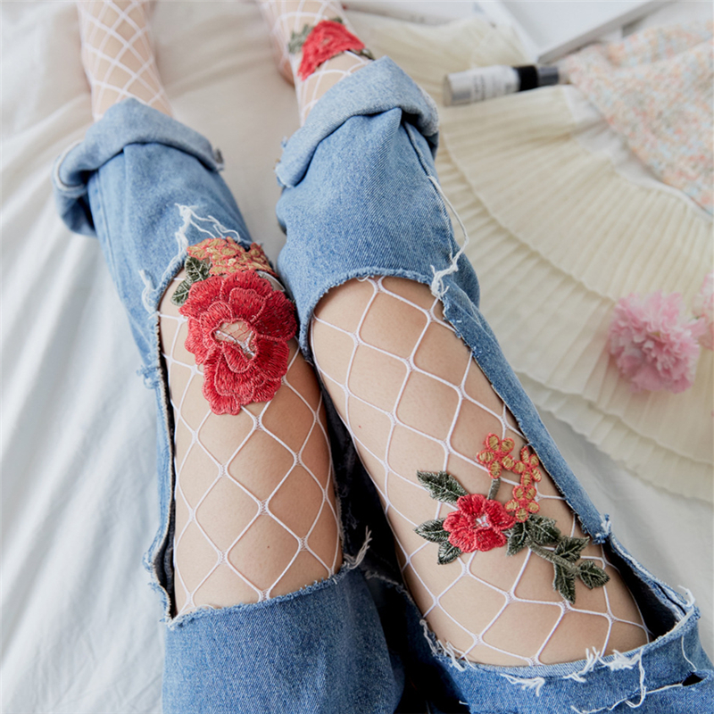 Girls Women Sexy Fishnet Pantyhose Handmade Flower Embroidery Mesh Stockings Slim Tights Lady Elastic Stockings Collant Summer