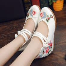 Free Shipping Fashion Old Beijing Wedge Cloth Shoes Chinese Style Embroidered Cloth Shoes Woman Soft Sole Cozy Retro Women Shoes