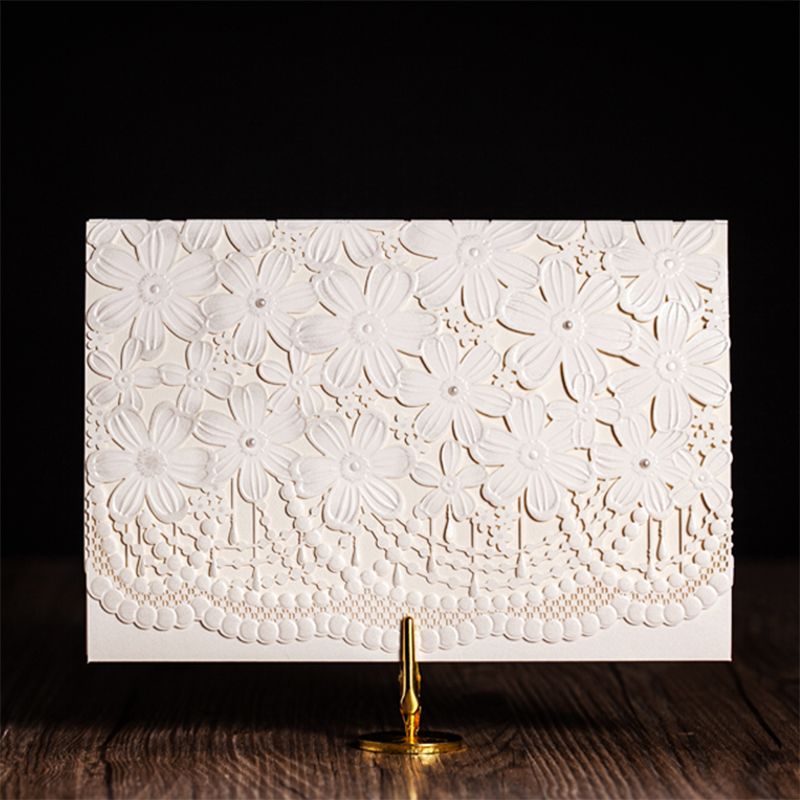 Floding elegant Design White Laser Cut Wedding Card kit Blank Inside Paper Printing Invitations Cards Casamento Para Convite square design white laser cut invitations kit blanl paper printing wedding invitation card set send envelope casamento convite