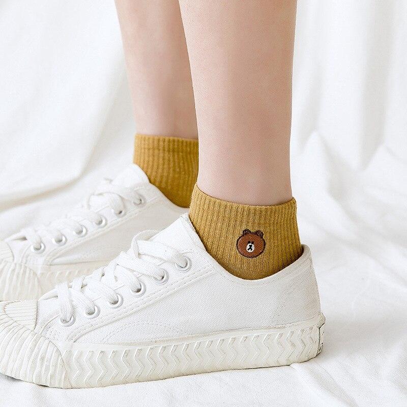 1 Pair Woman Shocks 2019 Spring Summer Women Socks Cotton Color Cute Cartoon Embroidery Women Fashion Socks Women Korean Style