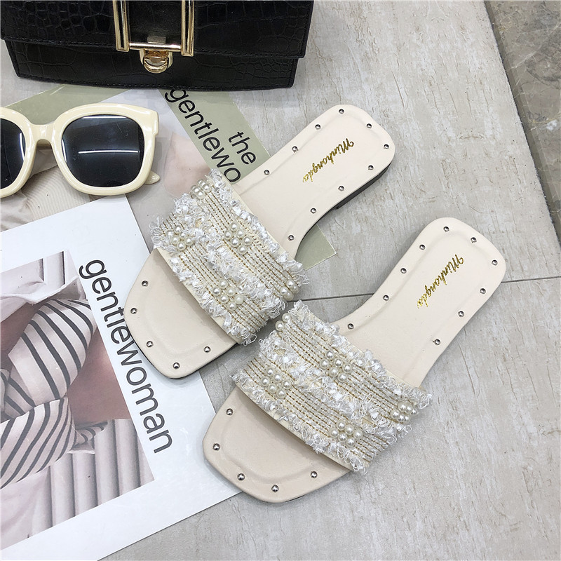 HKJL 2019 female Europe and the United States summer flat with flat leisure beach sandals head set feet sandals women A487 in Slippers from Shoes