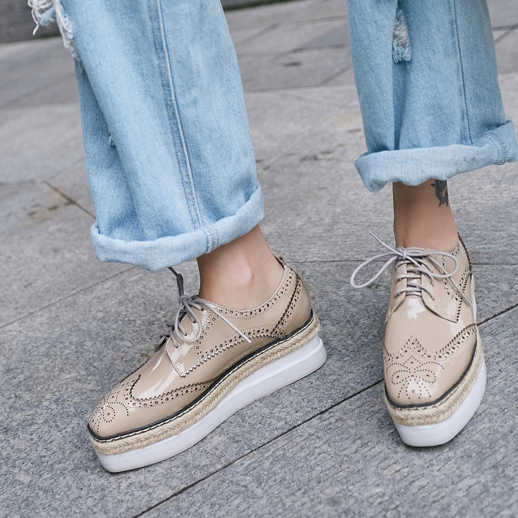 Women Brogues Lady Oxfords Flat Platform Wing-Tip Sneakers Casual Creeper Shoes