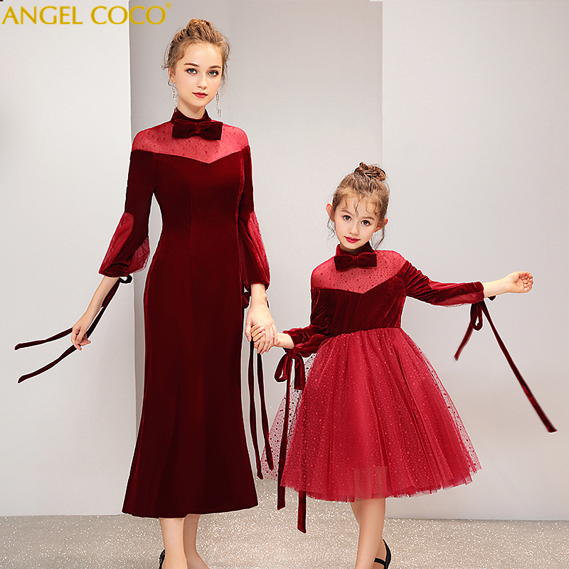 Burgundy Velvet Household Matching Garments Outfits Mom Daughter Attire Mommy And Me Garments Youngsters Little one Mum Large Sister Costumes