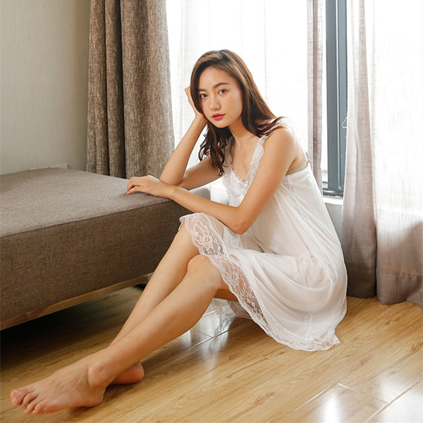 2018 New Sleeveless Women's Nightgown Sexy Sleepwear Cotton Night Dress White Princess Nightgown Sleepwear Plus Size S-XL E1234 1