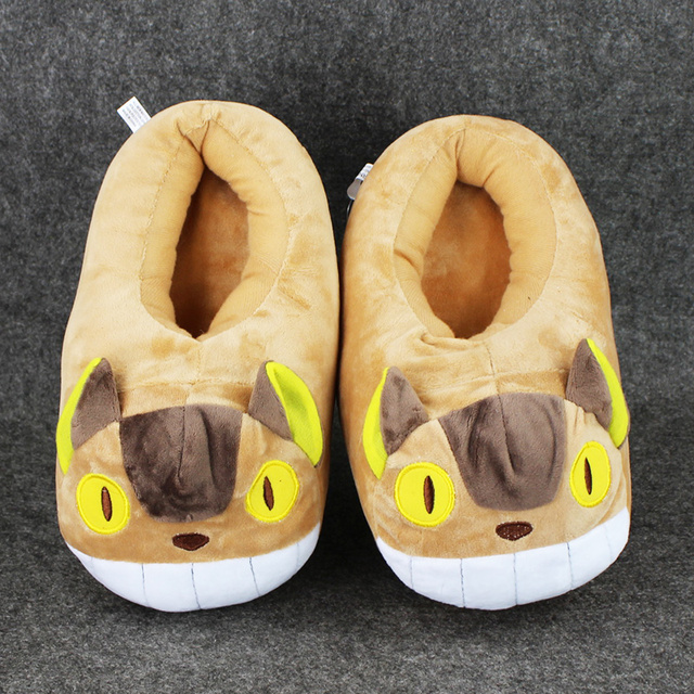 28 cm 1 Par de la Nueva Llegada Japón Anime Dibujos Animados Mi Vecino Totoro gato Autobús Felpa Zapatilla Suave Zapatos de Invierno Zapatillas de Interior Para adultos