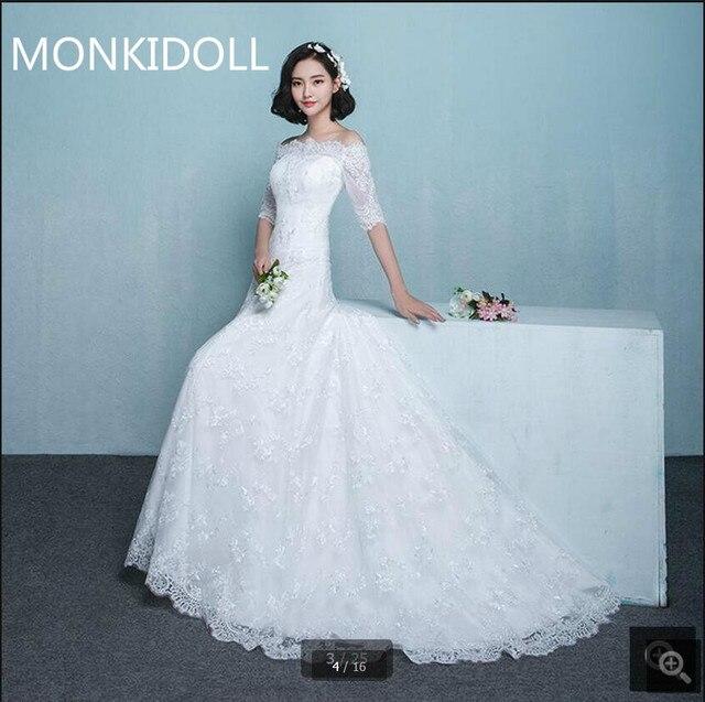 eb1149a3e1bfd جديد وصول الأبيض الرباط ألف خط فستان الزفاف مثير معطلة على الكتف نصف كم  أنيقة قطار