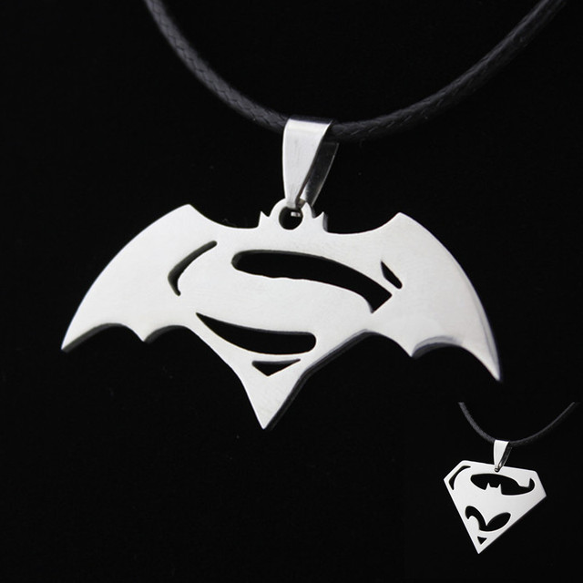 Batman vs Superman Necklace (stainless steel)