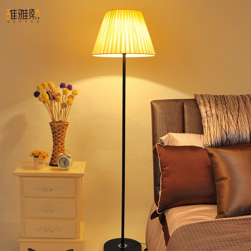 Classic American style living room a study bedroom fabric lampshade ...