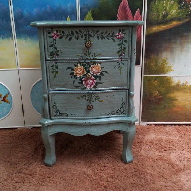 Favorite American minimalist retro rustic hand painted bedside table 3  VG75