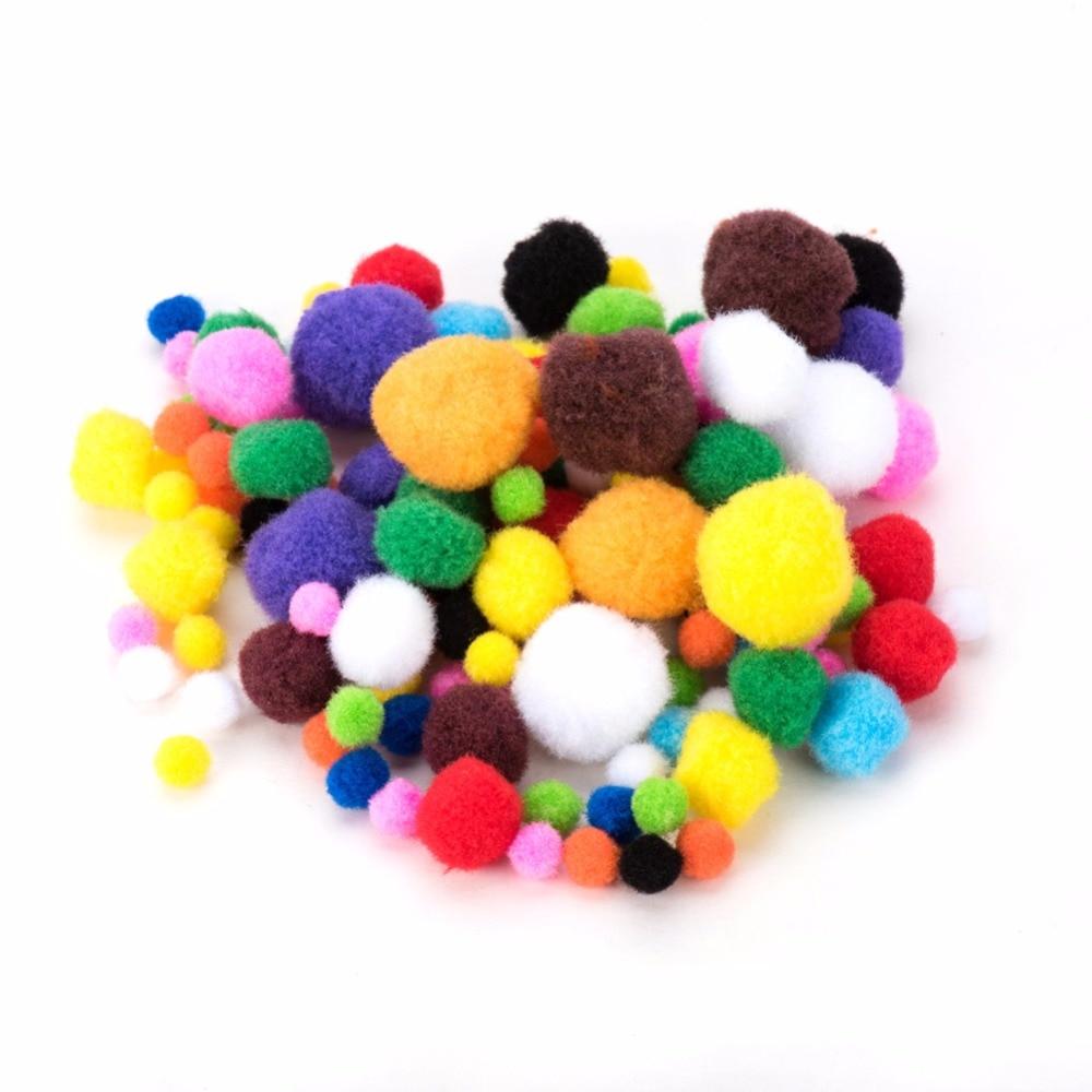 94286923c1bb PandaHall Elite 1 Sac Couleurs De Bonbons Mélangés Taille Balles Pompon  moelleux Boule Perles Enfants DIY Poupée Artisanat Pom Pom Balle décoration