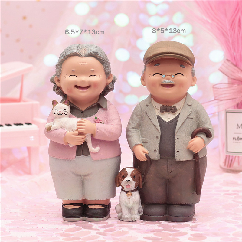 Grandparents Model Ornament Creative Couple Ornaments Modern Home Living Room Decor Valentine Gift for Girlfriend Wedding Gift