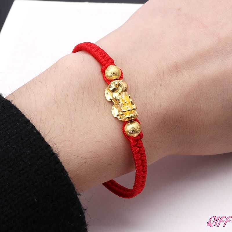 จีน Feng Shui Gold Pi Xiu Kabbalah Red String สร้อยข้อมือ Evil Eye Protection