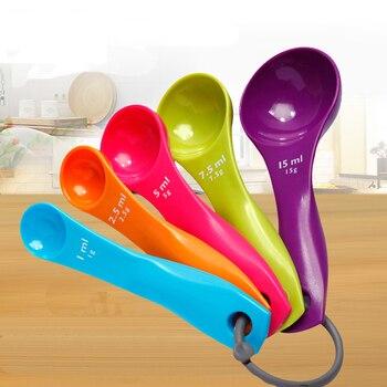 5 pzas/lote de plástico colorido cucharas cocina útiles herramientas de Plastico cucharas de medicion de colores
