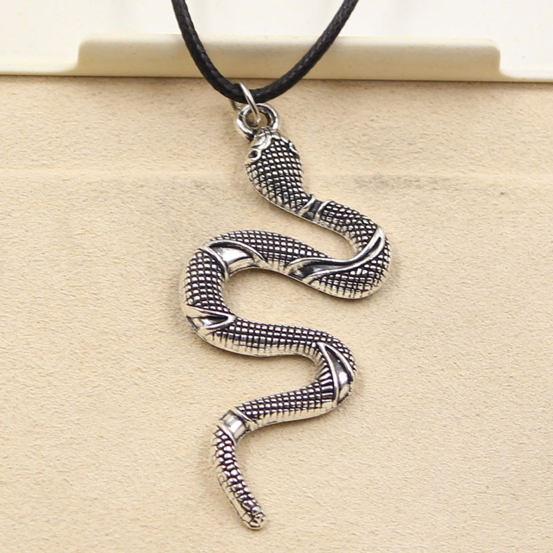 New Fashion Tibetan Silver Pendant snake Necklace Choker Charm Black Leather Cord Factory Price Handmade jewelry