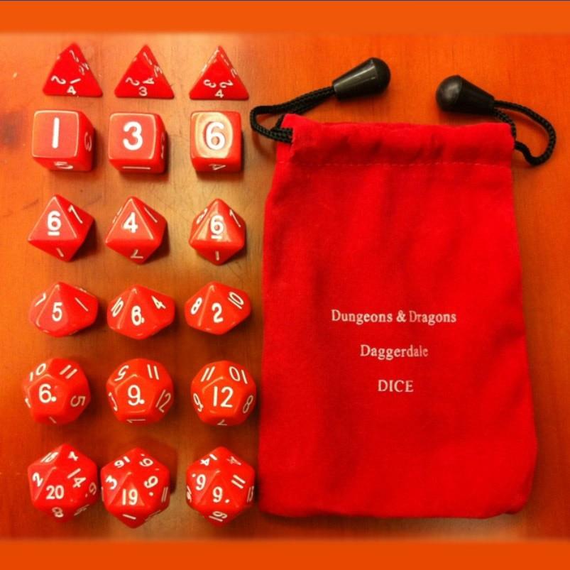 Polyeder 18 rote Würfel Anzug / Tischwürfel Bosonen 18 alle rot gesetzt