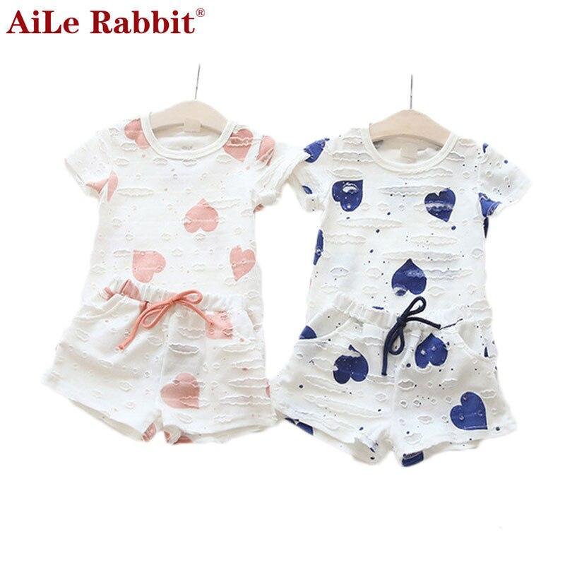Ailé Кролик Случайные Дети Одежда Новорожденных Девочек Одежда Лето Сердце  Напеч 1773ea0e84e