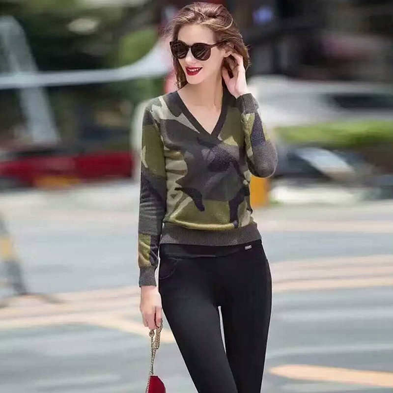 8474f60962337 100% Cashmere Sweater Women Camouflage Knitted V Neck Long Sleeves Ladies  Classical Pullovers Knitwear Autumn 2017 New Fashion-in Pullovers from  Women's ...