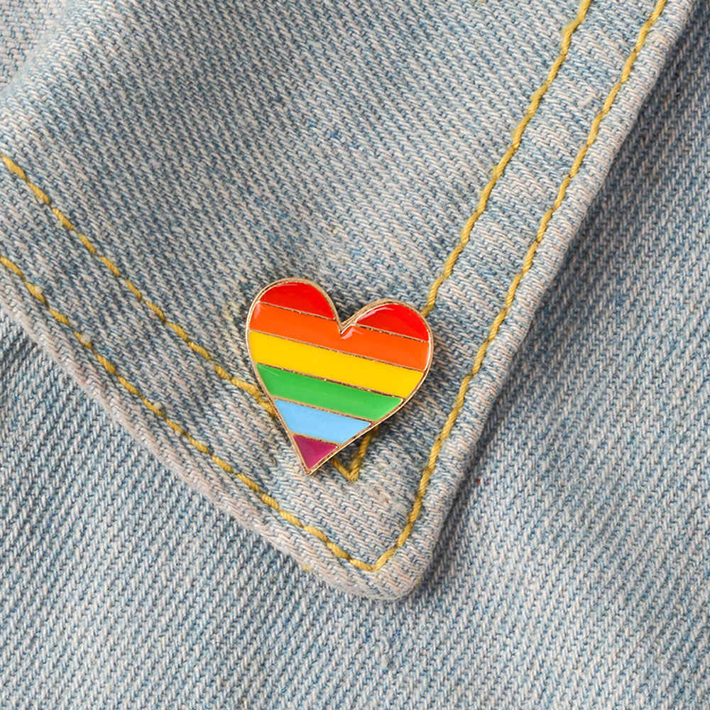 1/2PCS Unisex Collar Pin Jewelry Accessories Rainbow Heart Enamel Pins Gay Badge Lapel Denim Hat Brooches Men Women