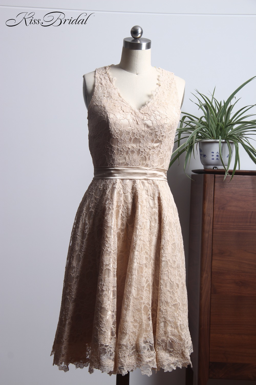 Latest Design Champagne Prom Dresses Short 2018 Sleeveless Lace Evening Party Gownn V Neck vestidos de festa