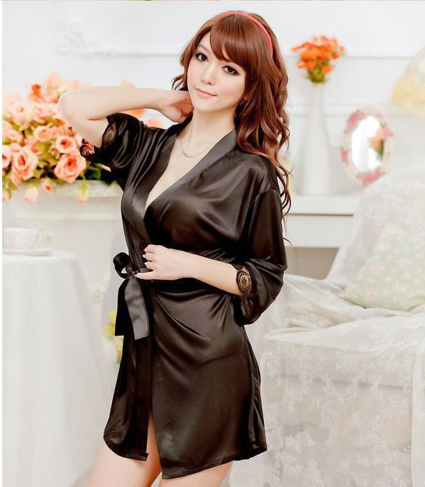 Hot Sale 40Kg-90Kg Large Size Sexy Satin Night Robe Lace Bathrobe Perfect  Wedding Bride Bridesmaid Robes Dressing Gown For …  4222-Isabella 6bf6c8bee