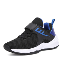 2017 Kids Breathable Athletic Trainers Comfortable Children Sport Shoes Black Blue Discount Boys Footwear Shoes For Kids On Sale