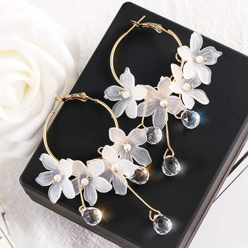 Trendy Acrylic Water Drop Women Dangle Earrings Crystal Flower Long Pendant Earrings For Women Drops Earrings