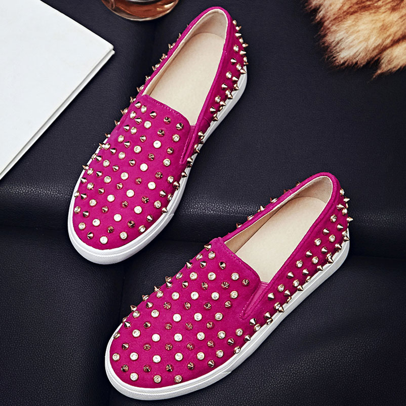 ФОТО 2017 Spring Flat Shoes Woman Genuine Nubuck Leather Women Luxury Rivets Shoes Round Toe brand Loafer Shoes For Women Luxury