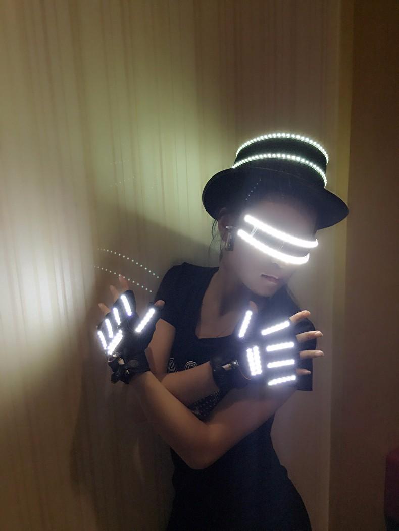 LED gloves 06