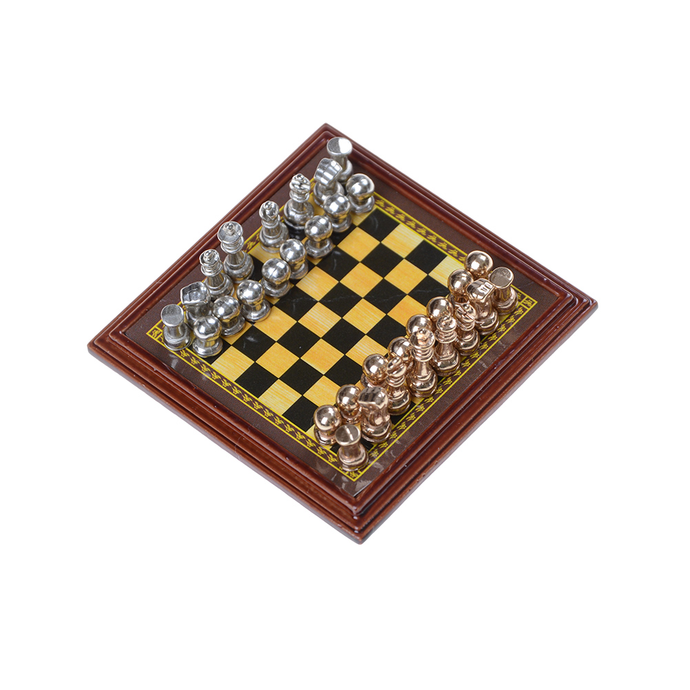 Classic Zinc Alloy Chess Pieces Wooden Chessboard Chess ...