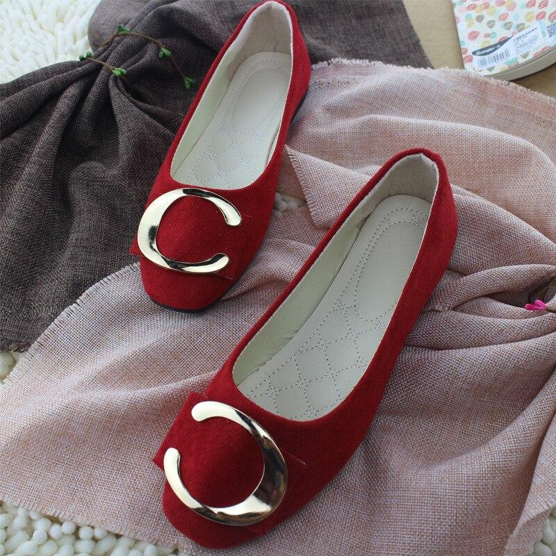 Plus Size Women Shoes Candy Color Loafers Metal Boat Shoes Faux Suede Slip on Flat Shoes Woman Flats Velvet Ladies Shoes