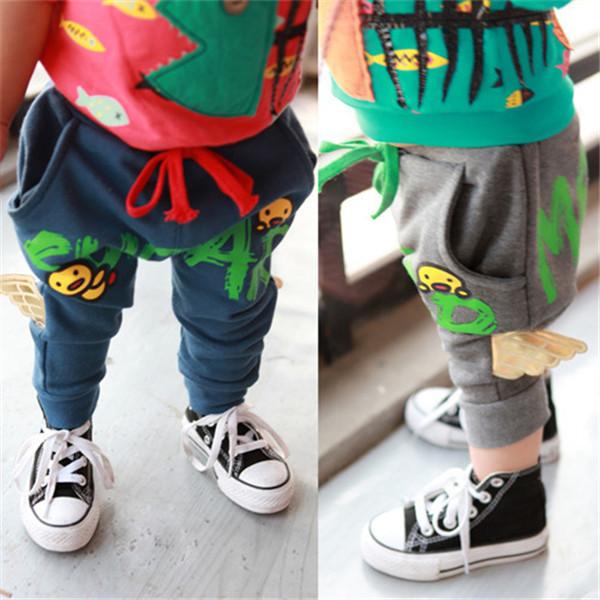 O envio gratuito de Vestuário masculino criança calças compridas 2014 primavera chegam novas asas carta esportes casuais 0-3 v do bebê da menina do menino